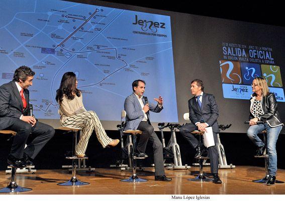 Alcaldesa_asiste_presentacion_salida_oficial_Vuelta_Ciclista___02