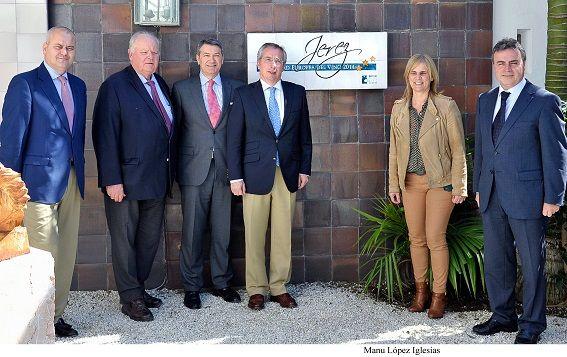 Alcaldesa_asiste_placa_Jerez_Ciudad_del_Vino___Hotel_Jerez___01