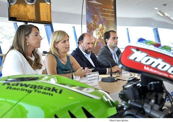 Alcaldesa pres Superbikes _ 01b