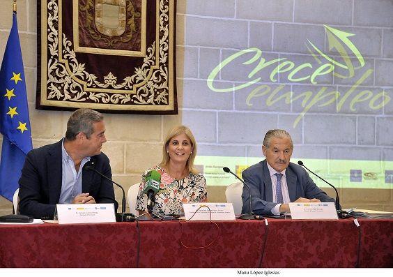 Alcaldesa_asiste_entrega_diplomas_Proyecto_CRECE___01 b