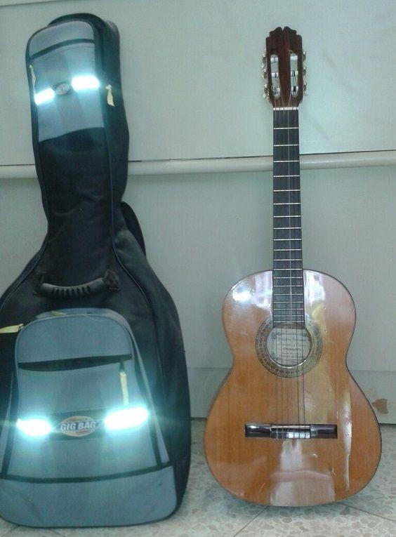 Objetos_Perdidos_Guitarra b