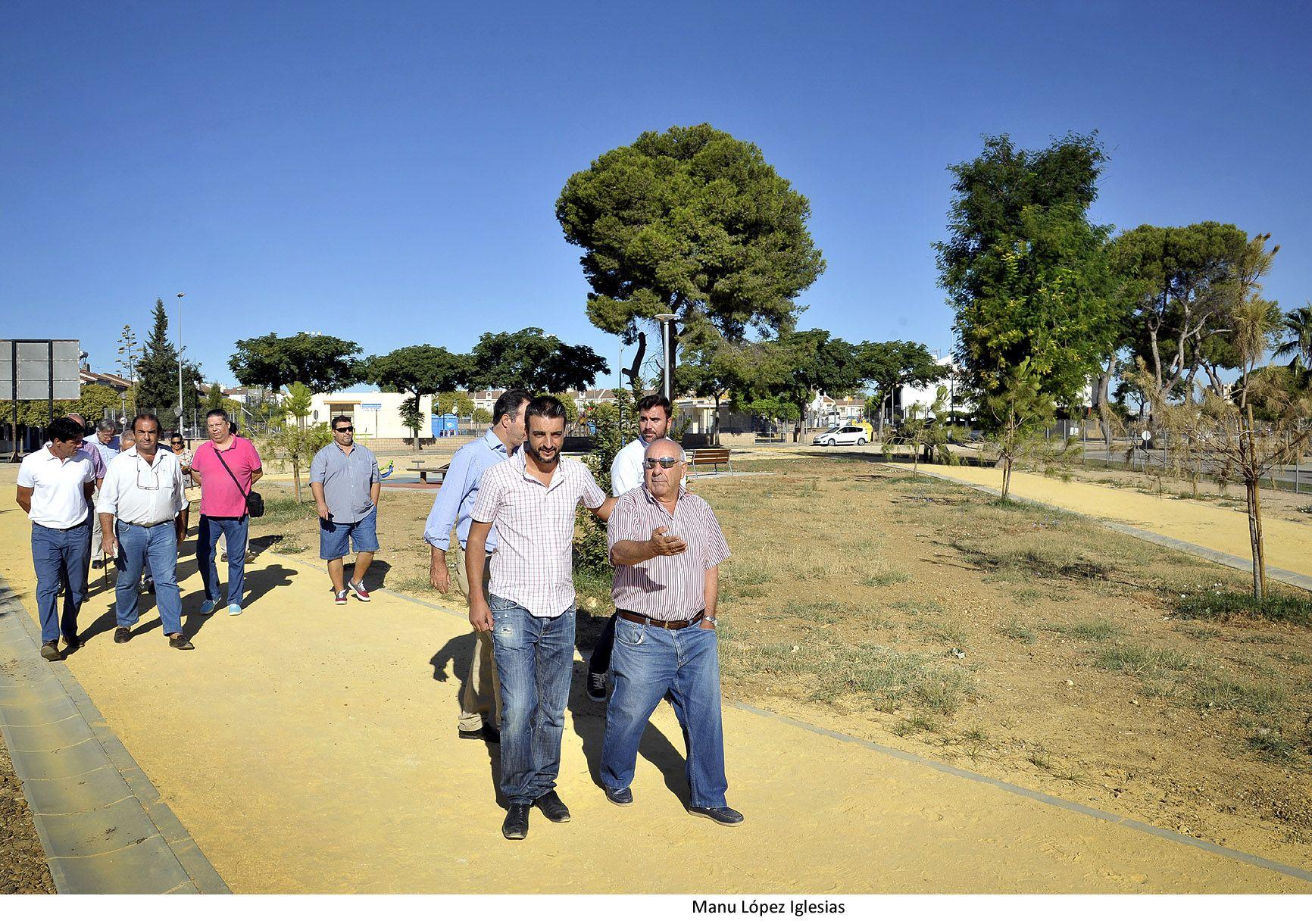 Fco Camas y Jose Antonio Diaz visitan Parque La Marquesa _ 02