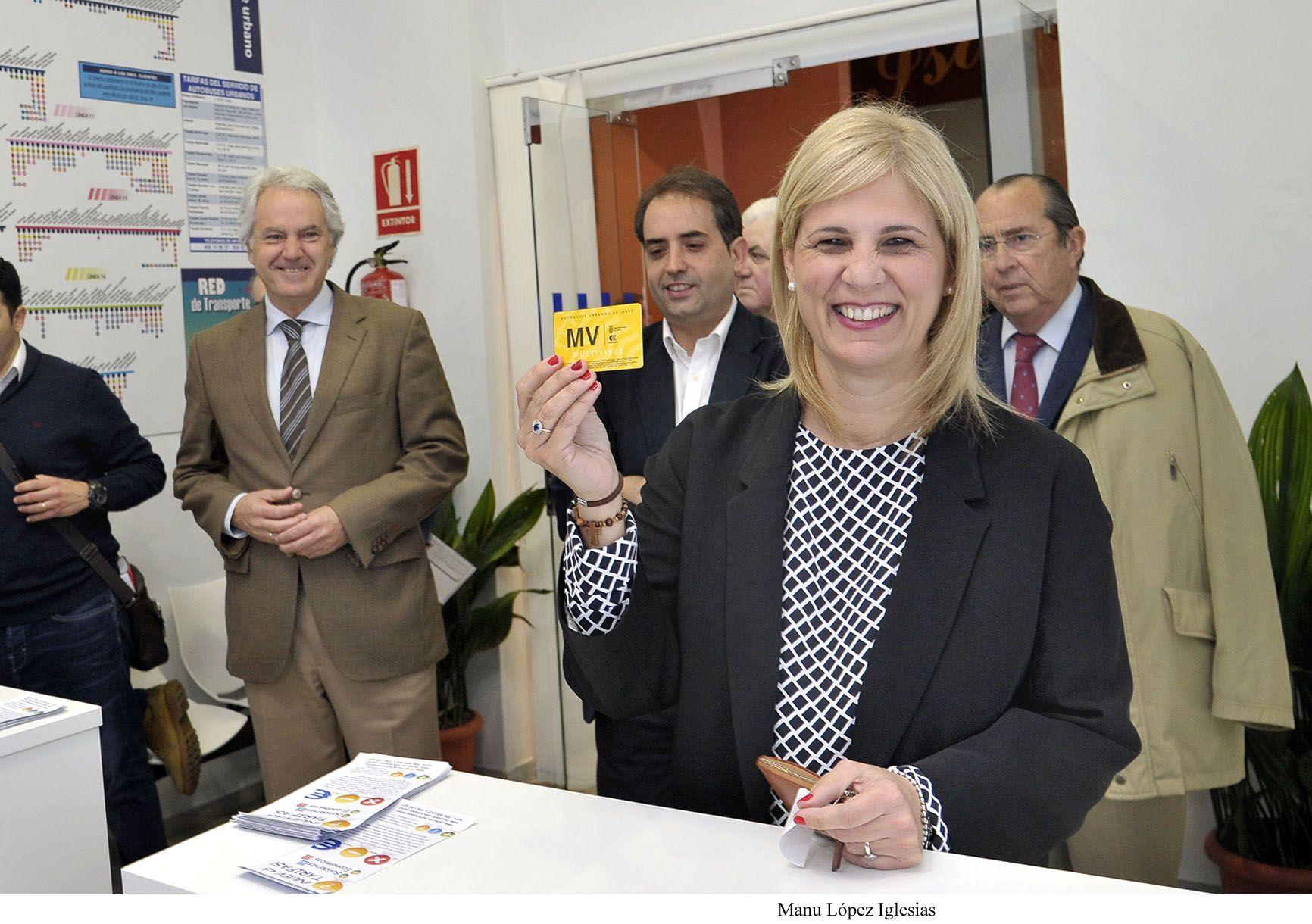 Alcaldesa_visita_nuevas_oficinas_Autobuses___05