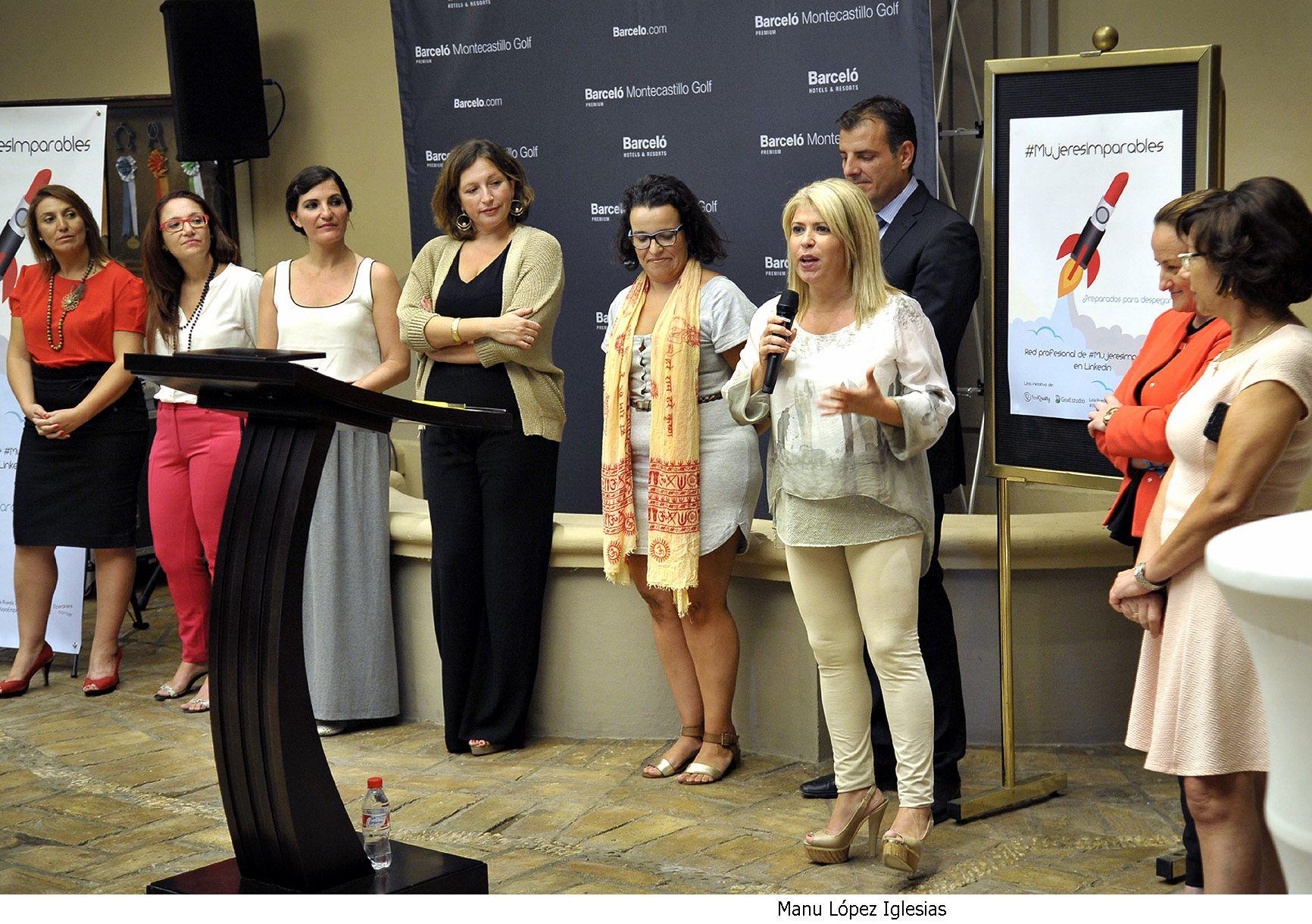 Alcaldesa asiste encuentro Mujeresimparables _ 03