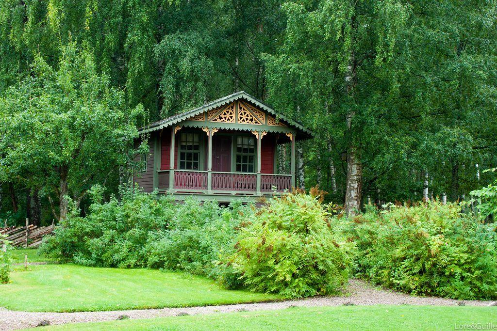 En la imagen aparece una cabaña onírica. Flickr