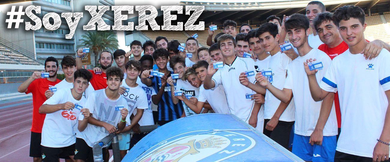 Los chavales del Xerez Deportivo FC Cadete A ya tienen su abono. Xerezdeportivofc