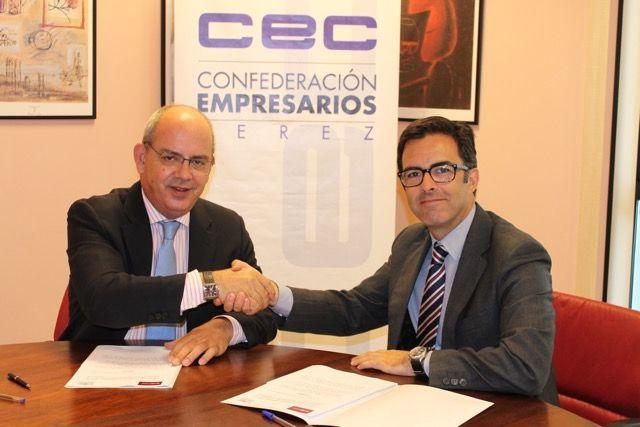 La firma del convenio entre el grupo CEN-CEC.