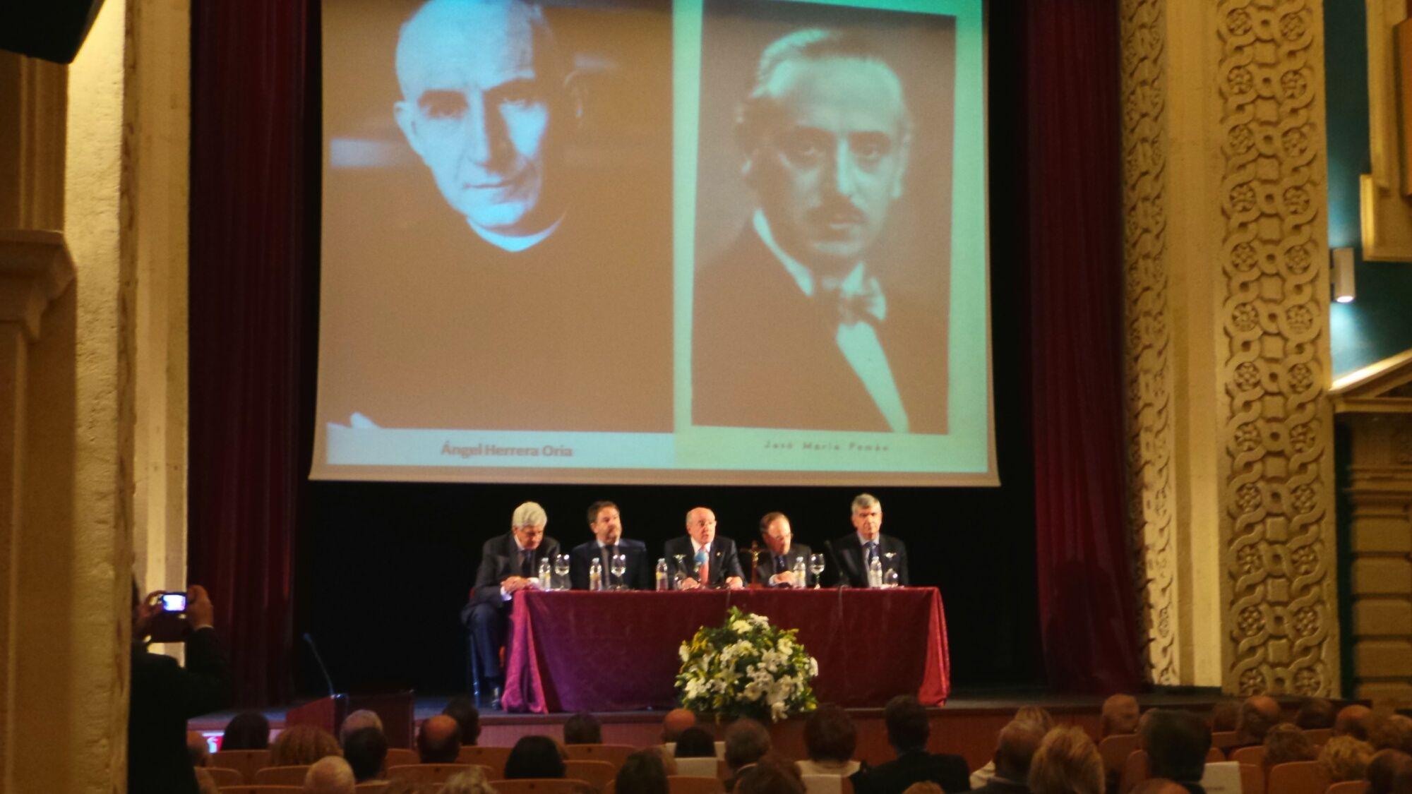Los ponentes en el homenaje a José María Pemán.