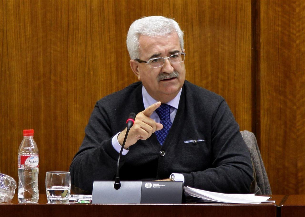 El consejero de Administración Local del PSOE Manuel Jiménez Barrios