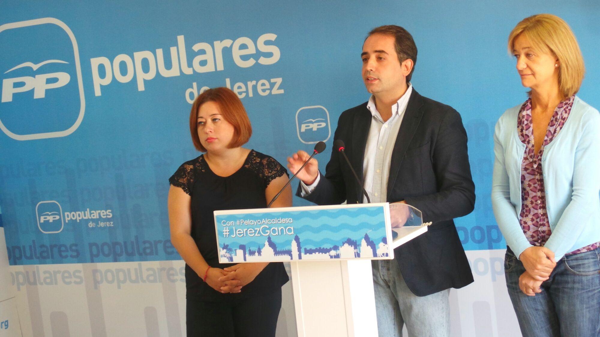 Los concejales populares Lidia Menacho, Antonio Saldaña y Carmen Pina.