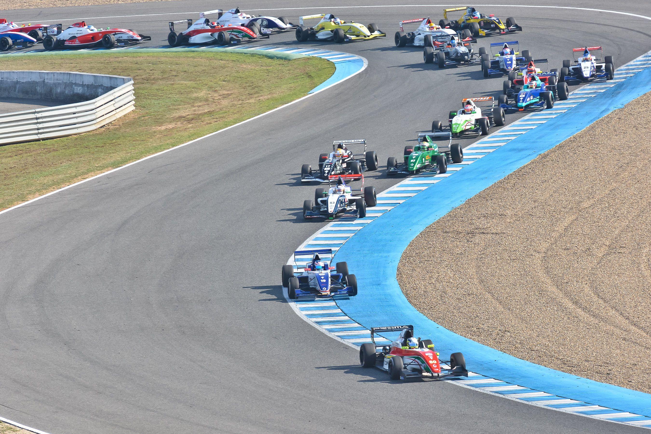 Formula Renault 2.0 ALPS en la carrera que realizaron el año anterior con ocasión del CER