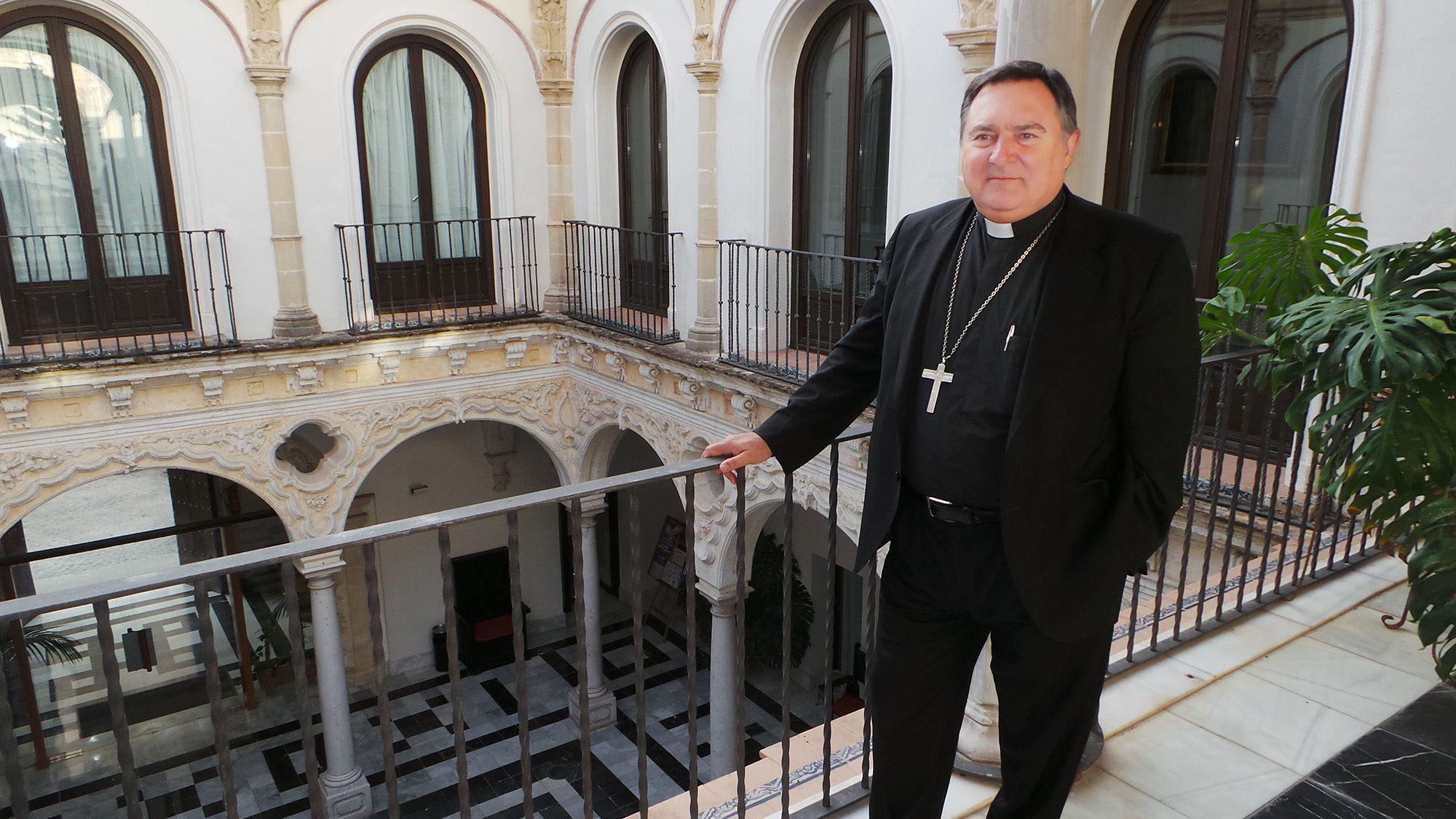 Jose Mazuelos, Obispo de Asidonia-Jerez, OCT 2015 | MIRA Comunicación