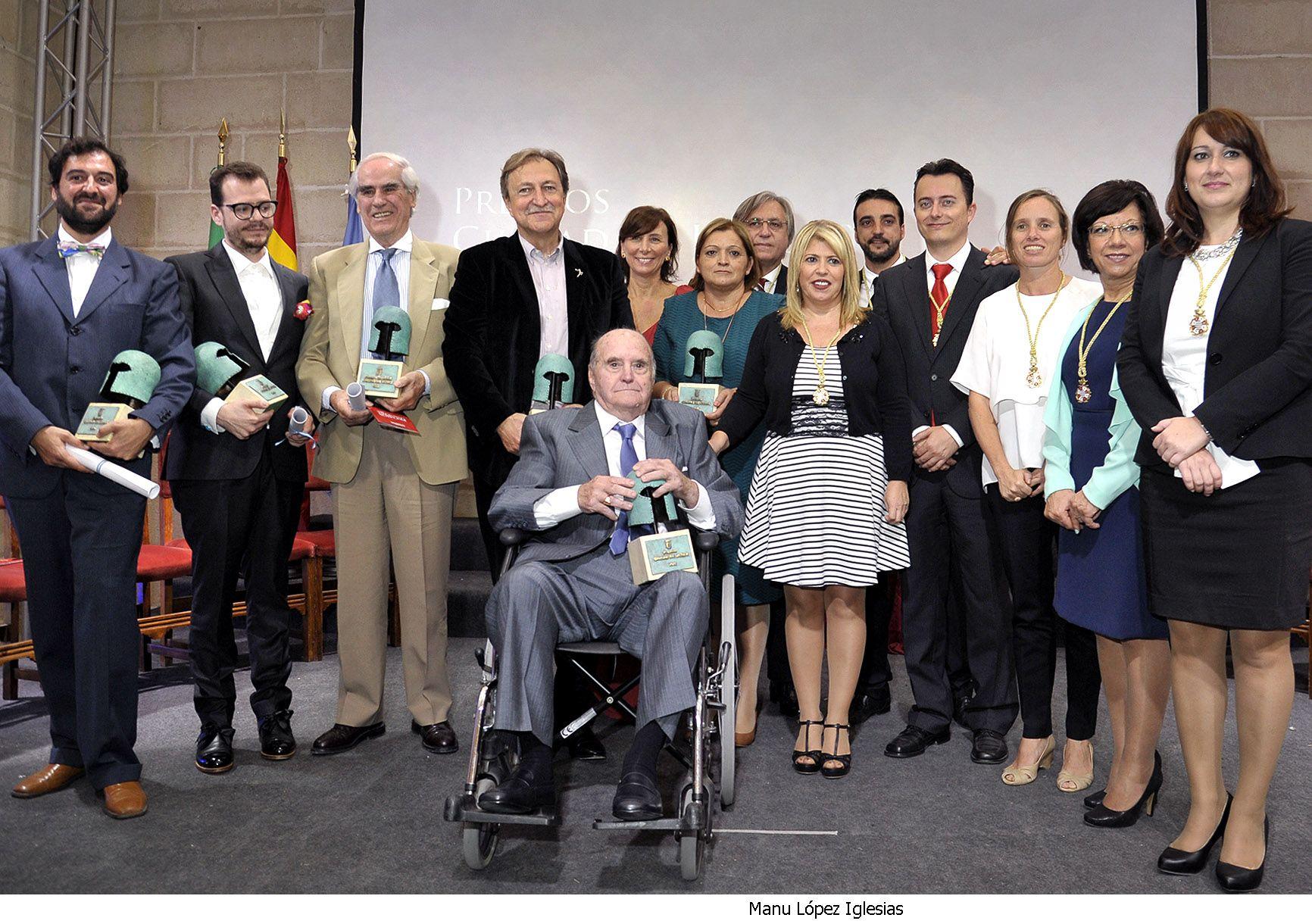 Alcaldesa preside entrega Premios Jerez _ 09