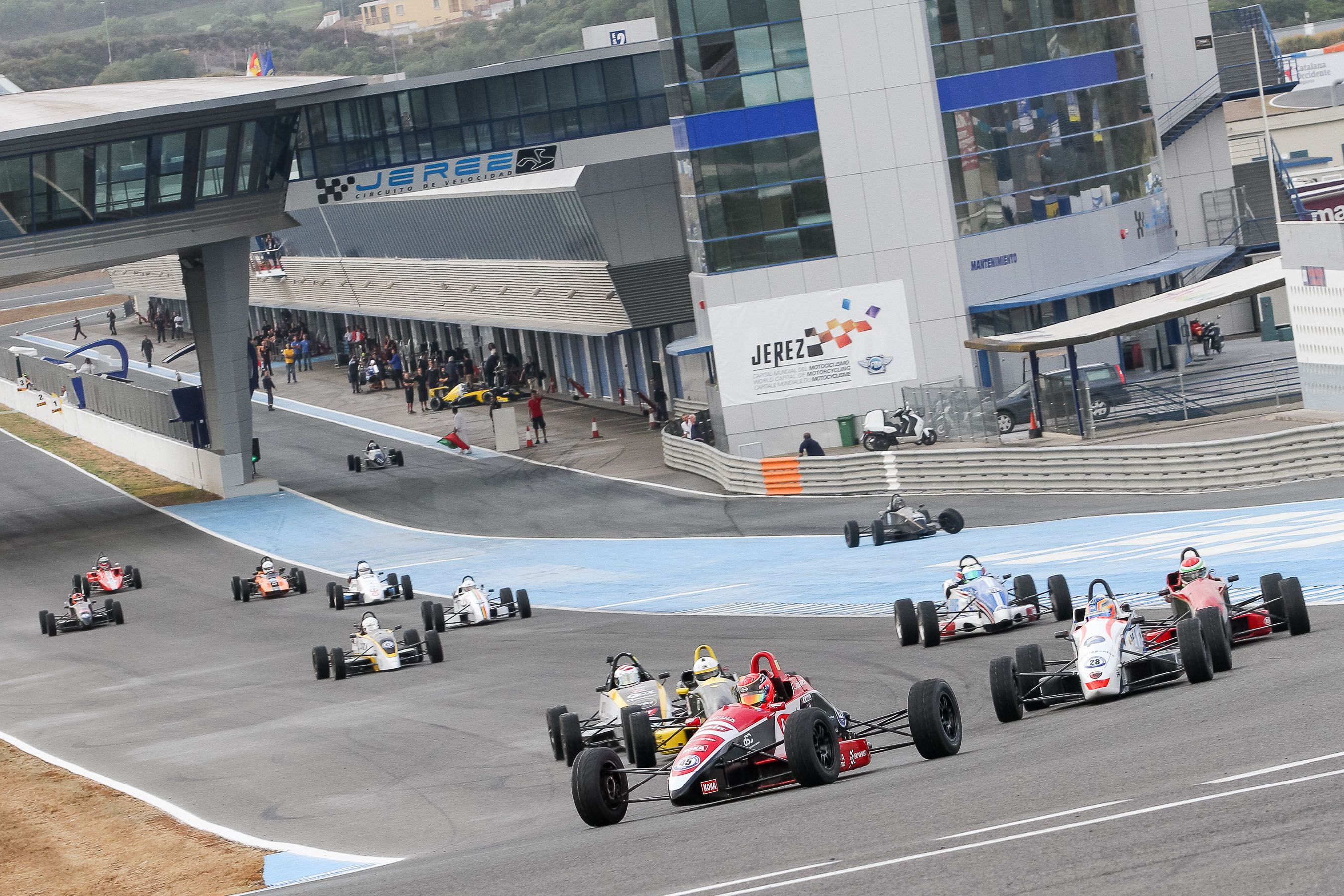 Salida de la prueba de Single Seater Series