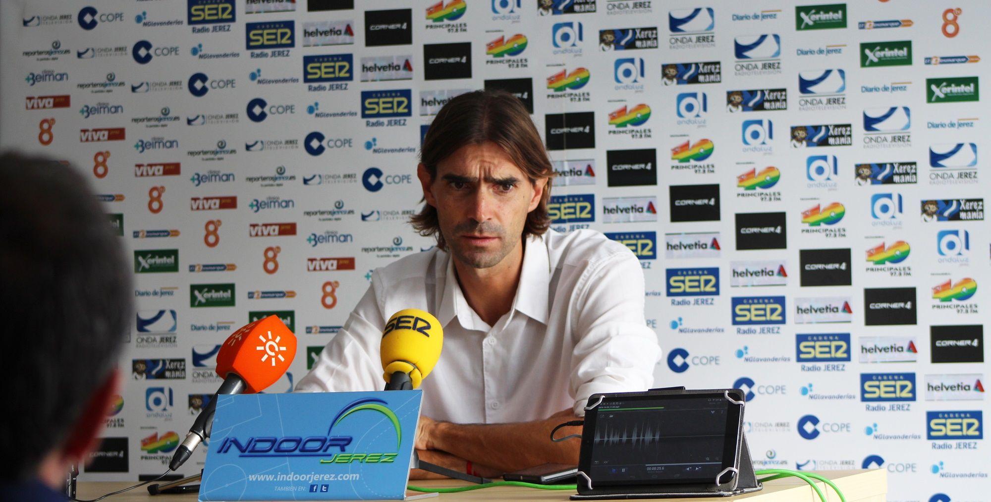 Dani Pendín en rueda de prensa previa al partido frente al San Bernardo.