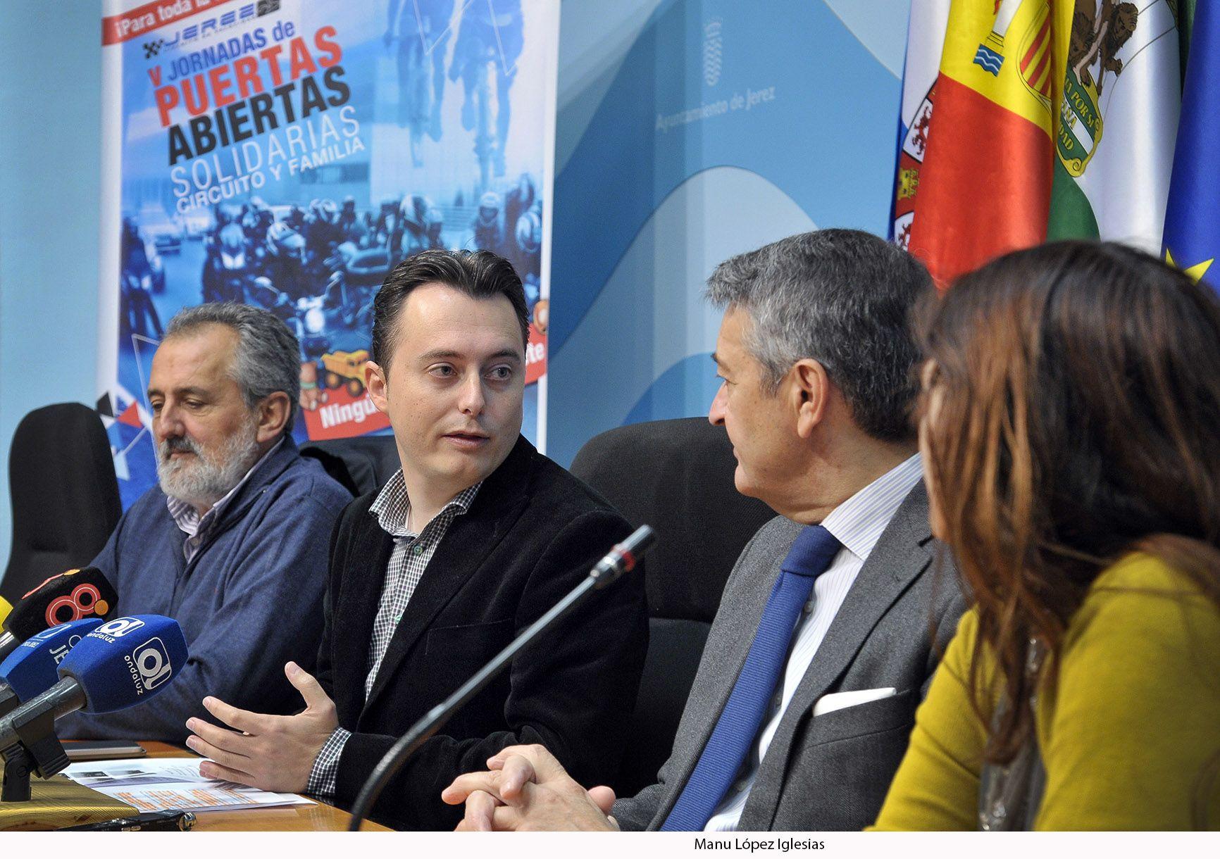 Santiago Galvan pres Jornadas Puertas Abiertas Circuito