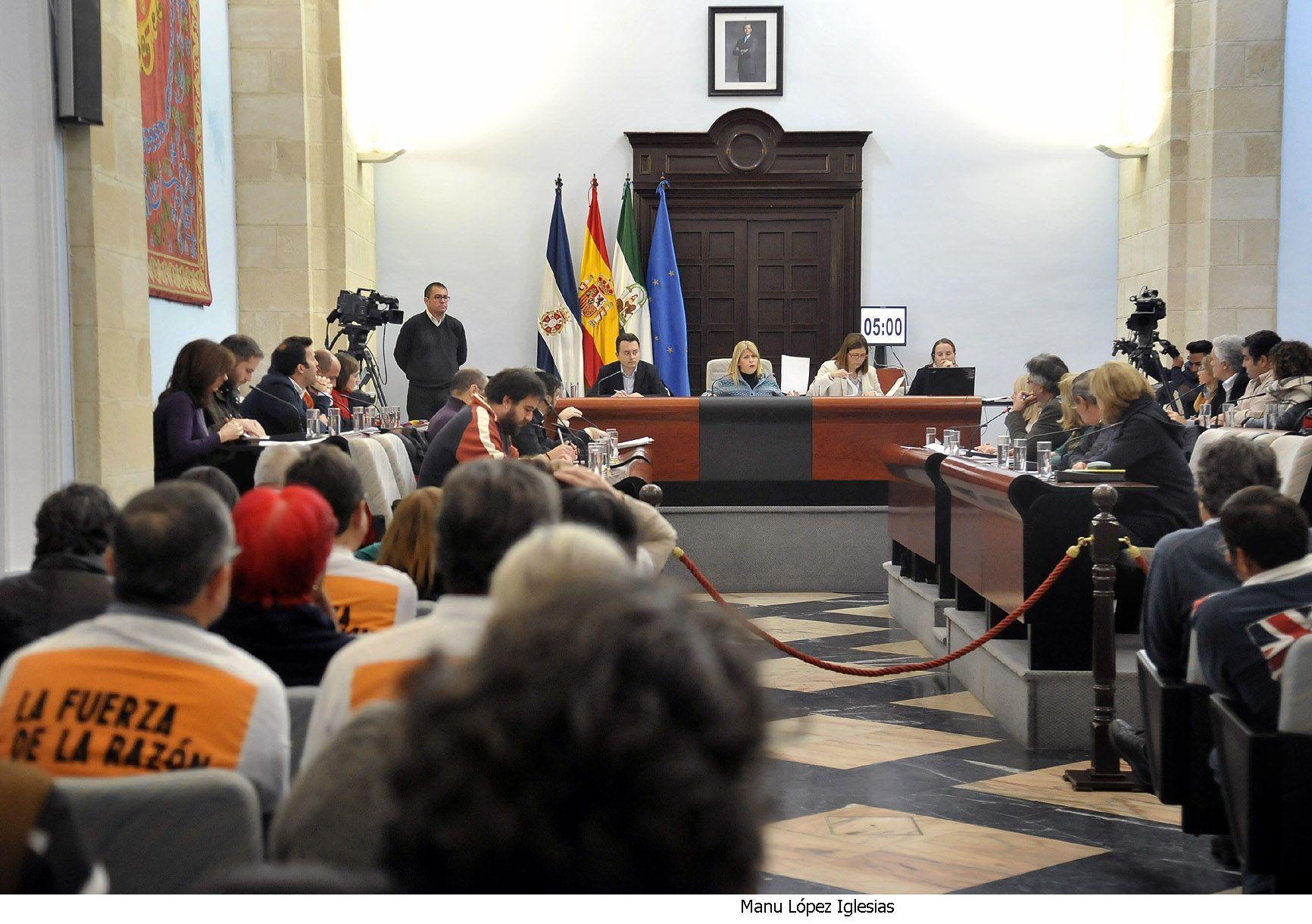 Alcaldesa preside Pleno ordinario _ 01