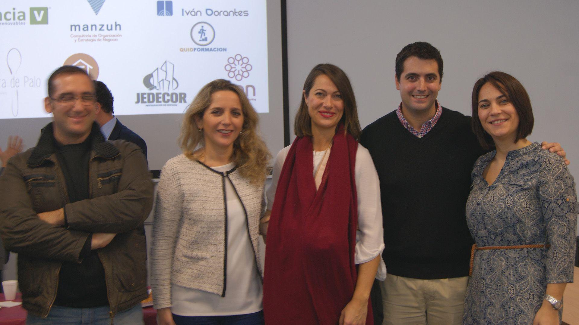 Jaime Núñez, CEO de MIRA Comunicación junto a Almudena López e invitados al Grupo de CEN Cádiz   Mercedes Barea, para MIRA Jerez