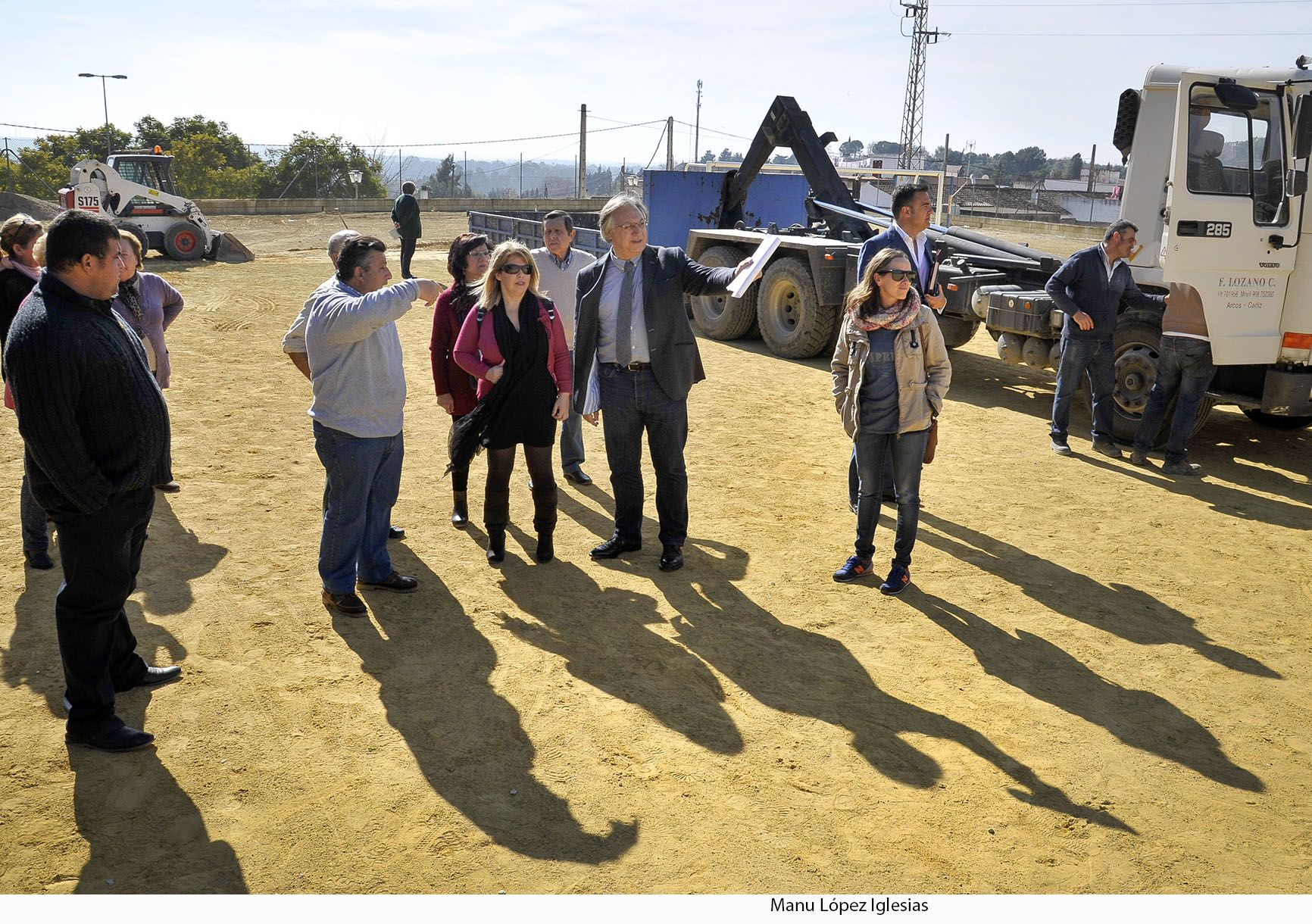 Alcaldesa visita Los Albarizones _ 02