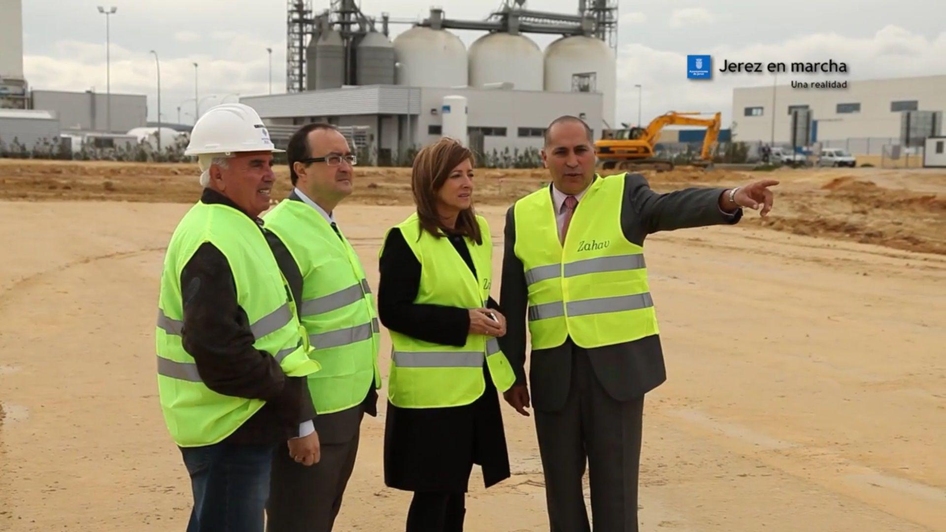La ex alcaldesa Pilar Sánchez (PSOE) en una visita a las obras del proyecto Zahav
