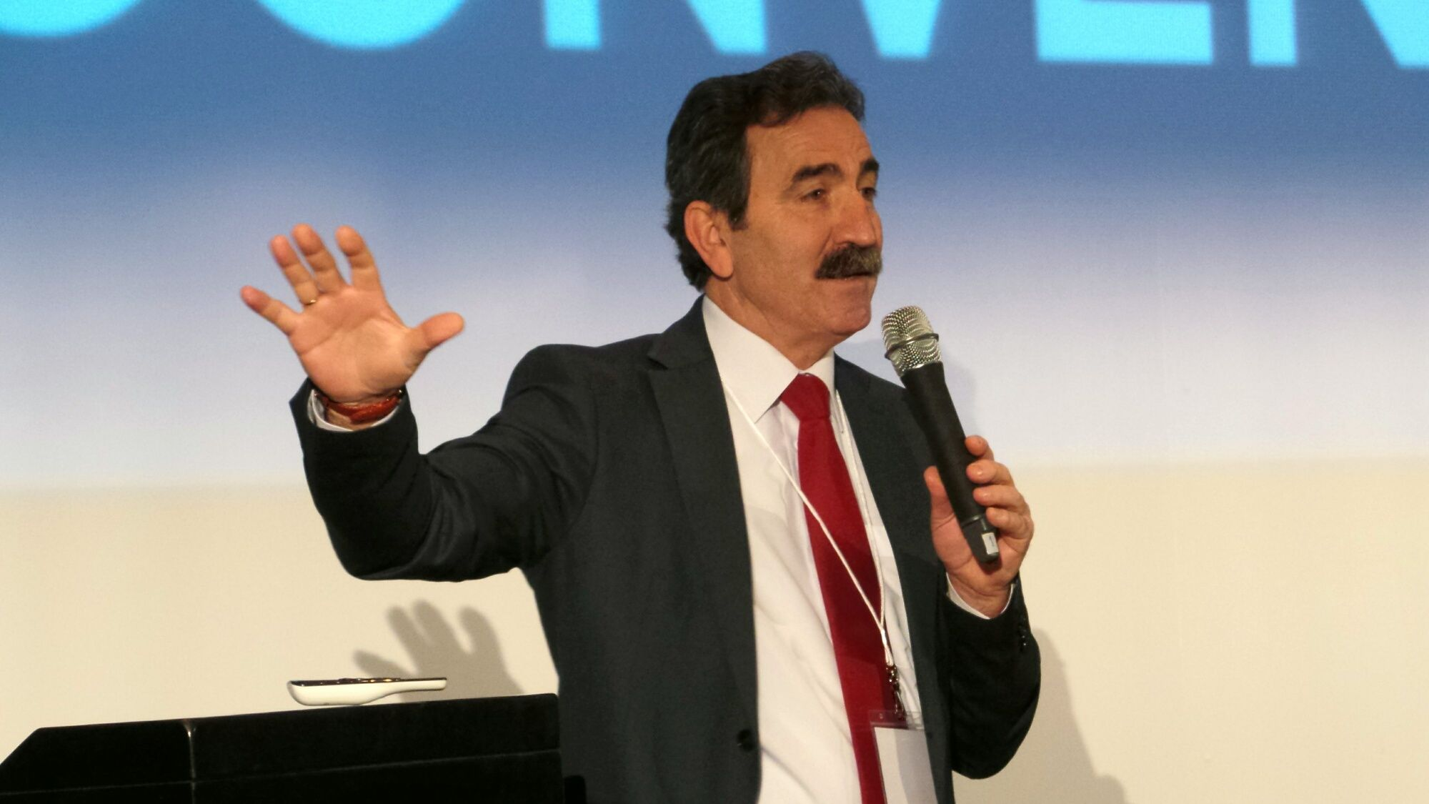 Eduardo Aparcero en un momento de la Convención | MIRA Comunicación