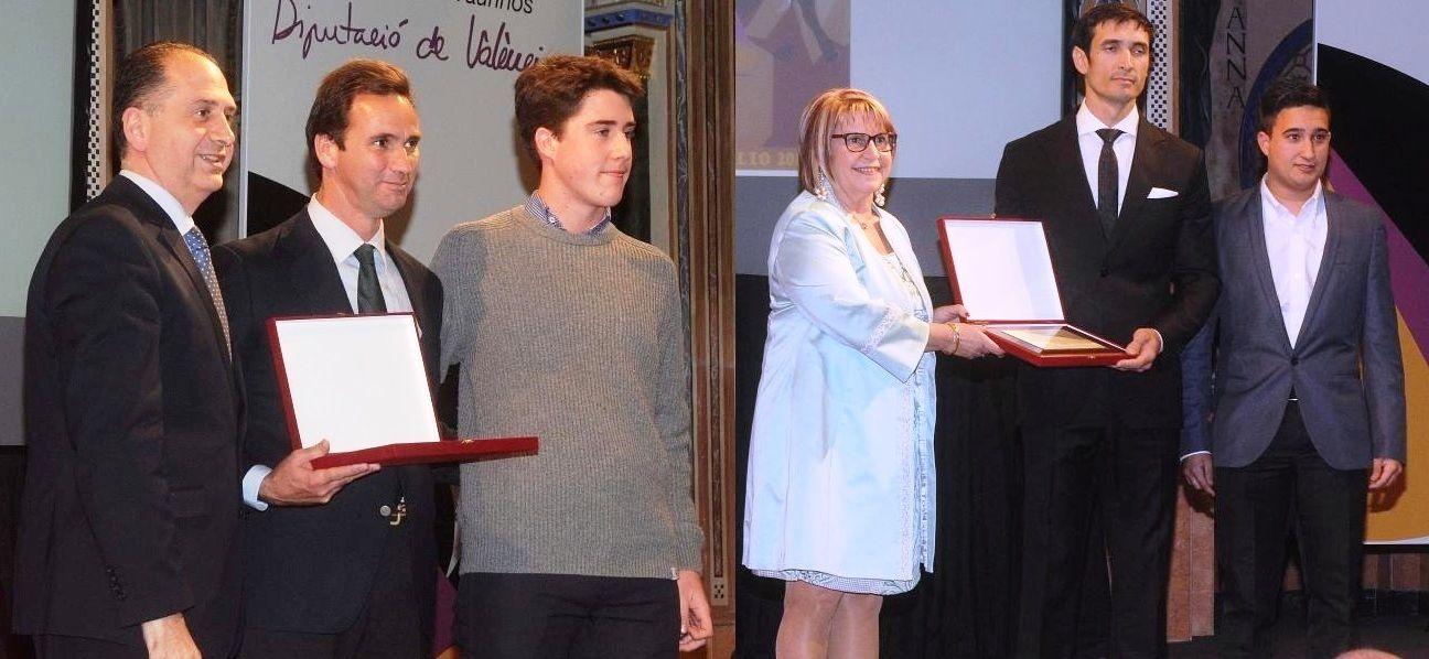 3 Premios