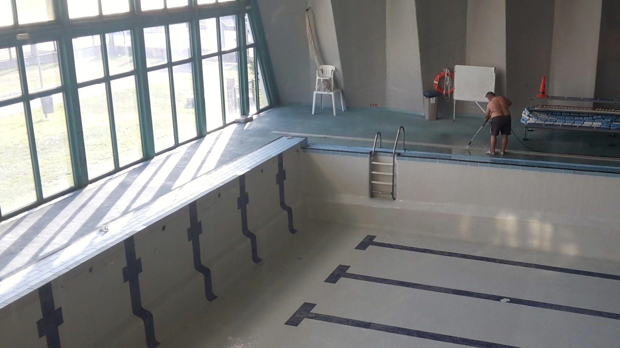 piscina jose laguillo