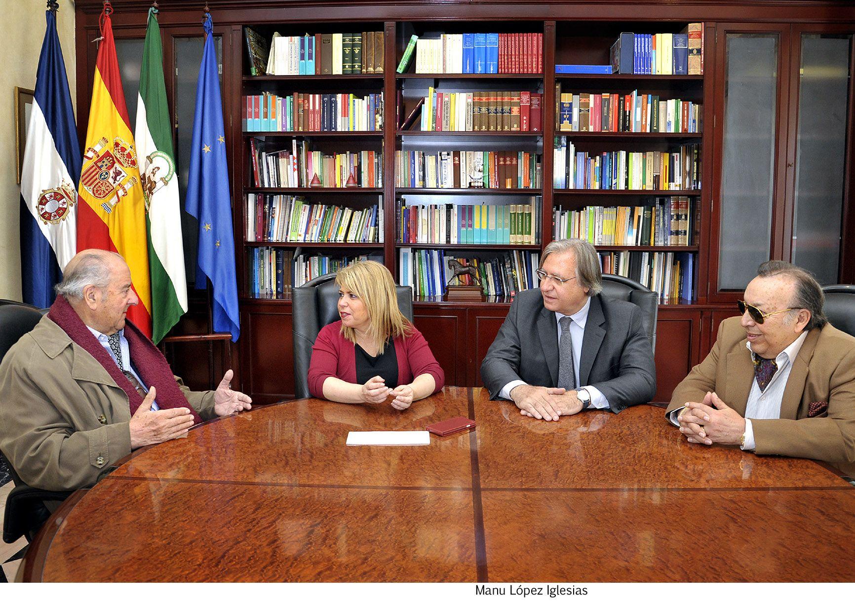 Alcaldesa recibe _ Chile