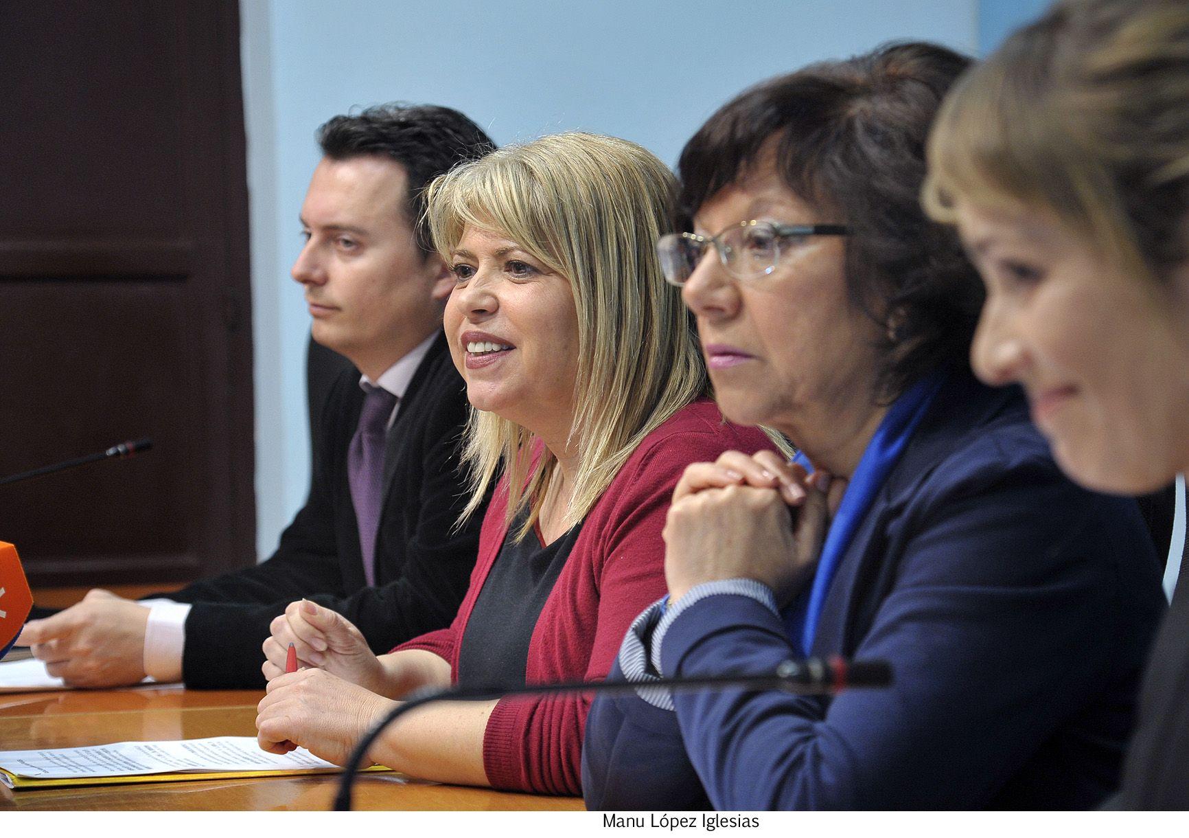 Alcaldesa informa temas de actualidad _ 02