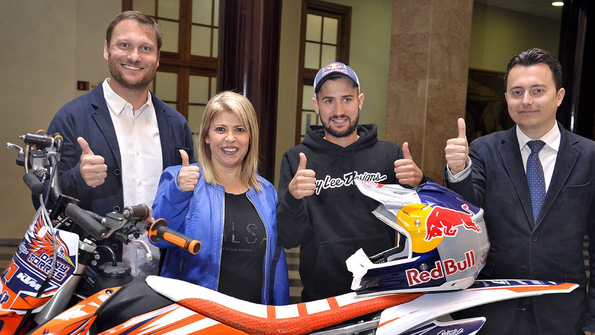 Alcaldesa pres actividades paralelas al Mundial Motociclismo _ 01