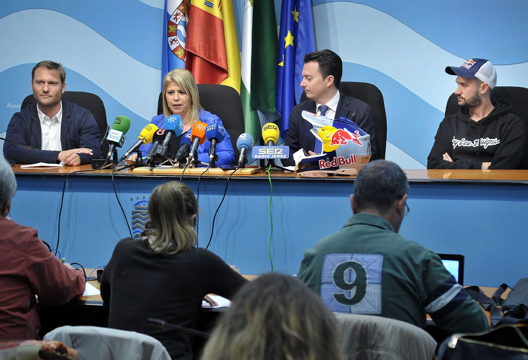 Alcaldesa pres actividades paralelas al Mundial Motociclismo _ 02