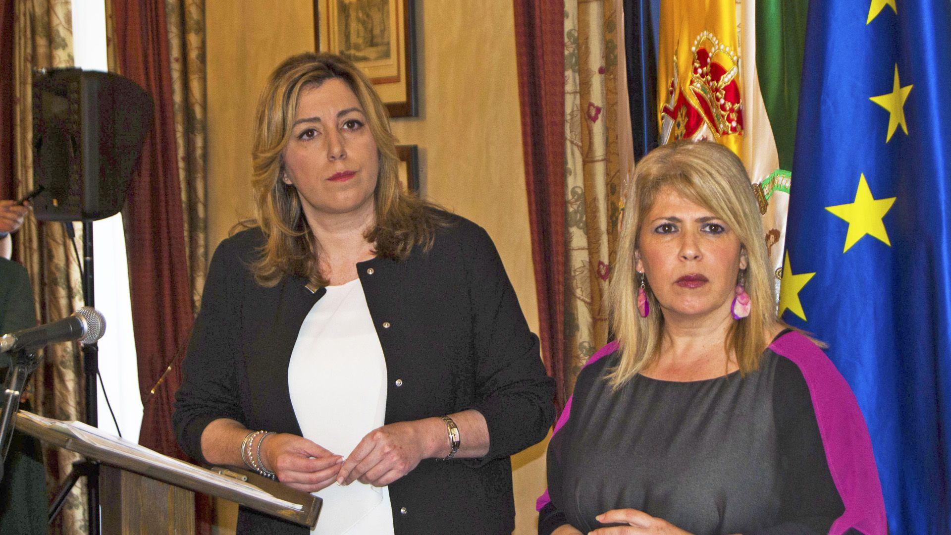 Susana Díaz junto a Mamen Sánchez | Imagen de Pablo Illanas para MIRA Jerez