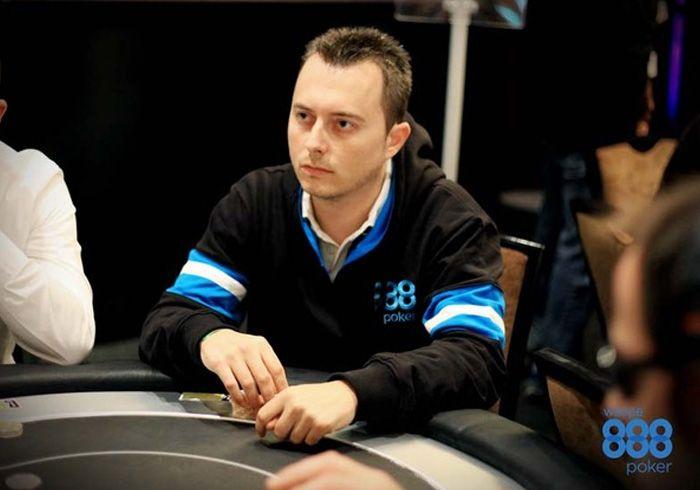 Santiago Galván en una imagen ofrecida en 2013 por 888 Poker