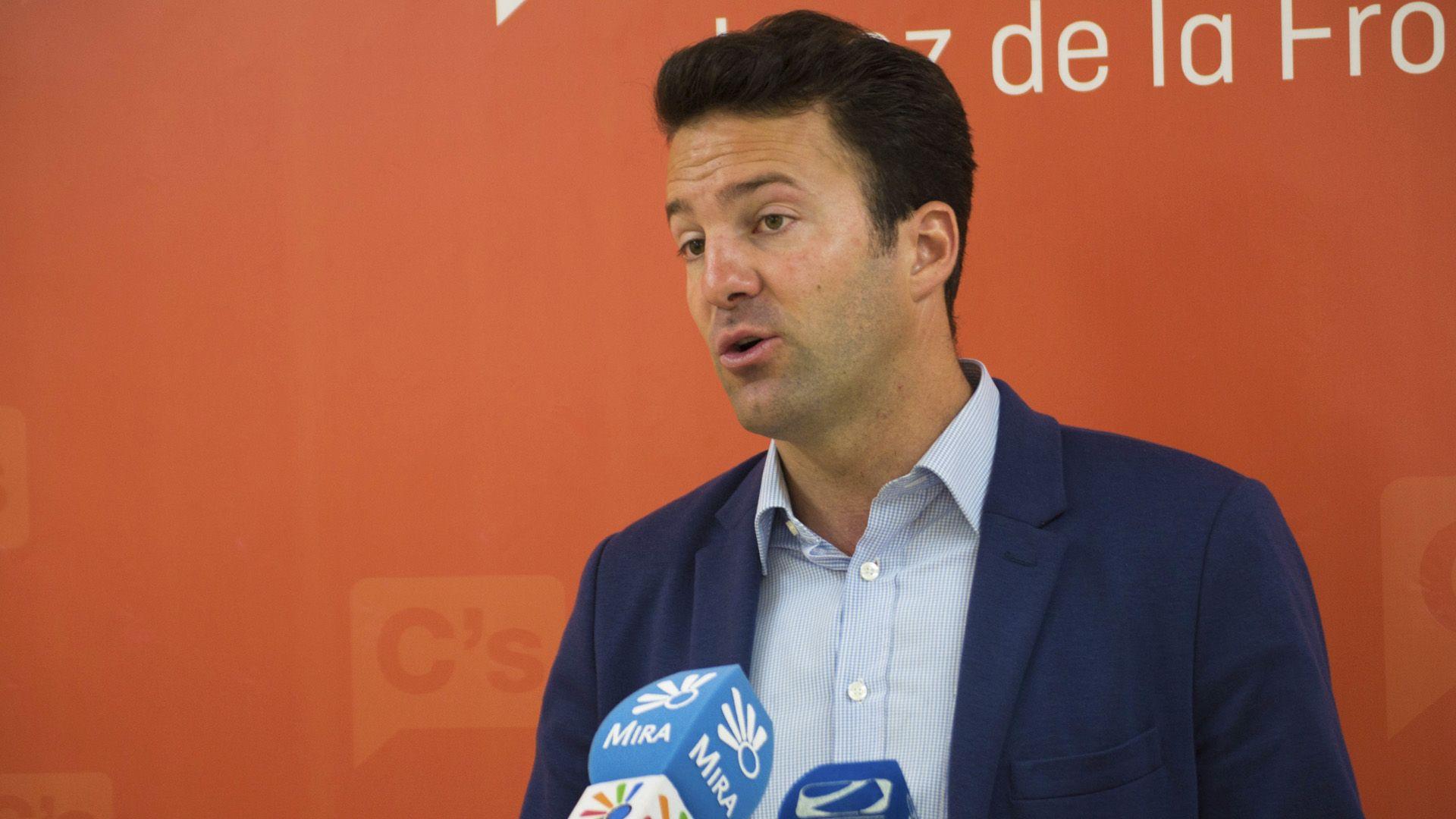 Carlos Pérez en rueda de prensa, 16 de Mayo de 2016 | Pablo Illanas para MIRA Jerez