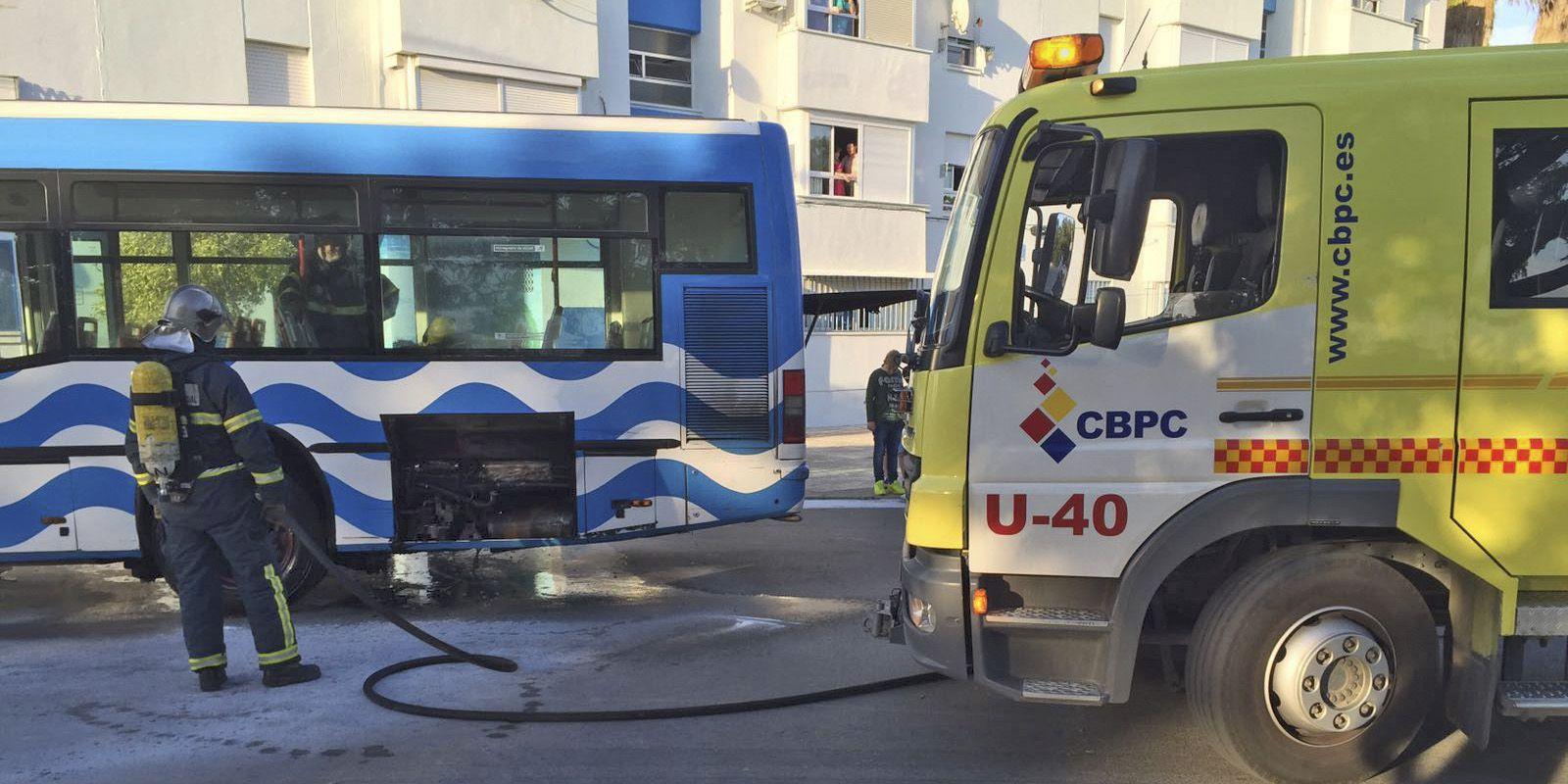 Autobus averia