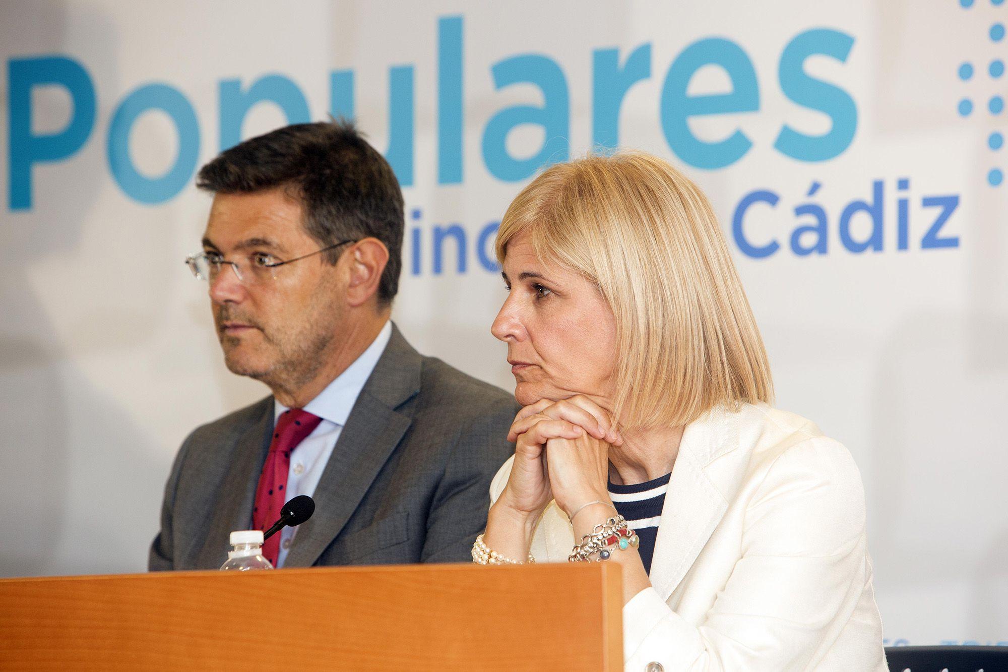Rafael Catalá, ministro de Justicia junto a María José García-Pelayo, presidenta del PP de Jerez | Juan Carlos Corchado para MIRA Jerez