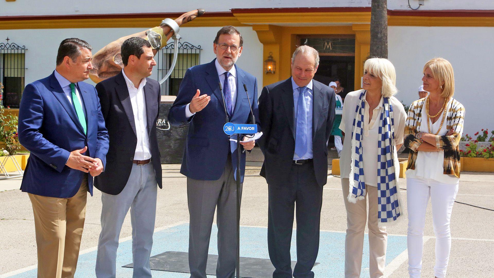 Mariano Rajoy en su intervención tras la visita a la fábrica jerezana Montesierra, 08JUN2016 | Juan Carlos Corchado para MIRA Jerez
