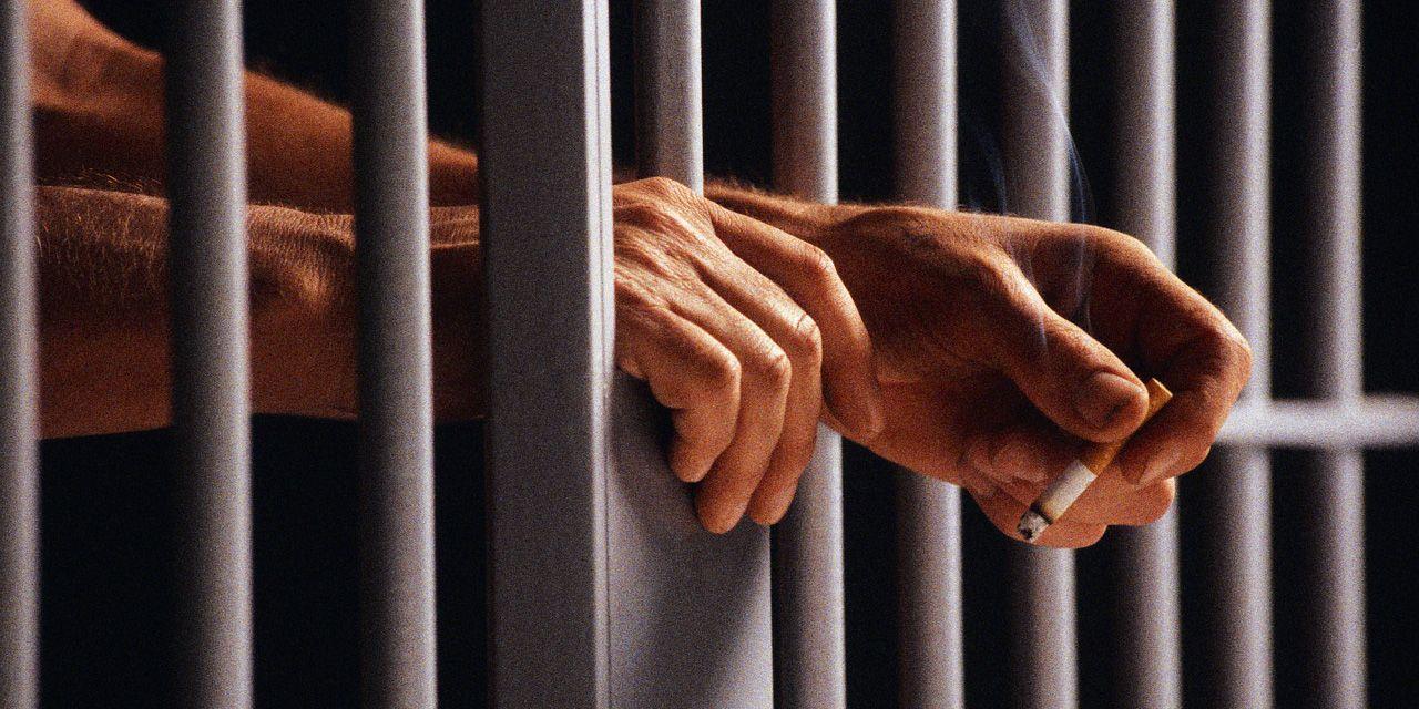 en prision
