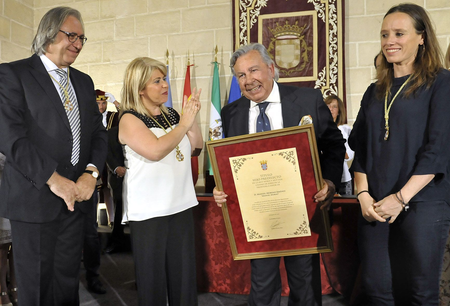Alcaldesa preside Pleno Hijo Predilecto Manuel Morao _ Foto Manu Lopez Iglesias _ 01