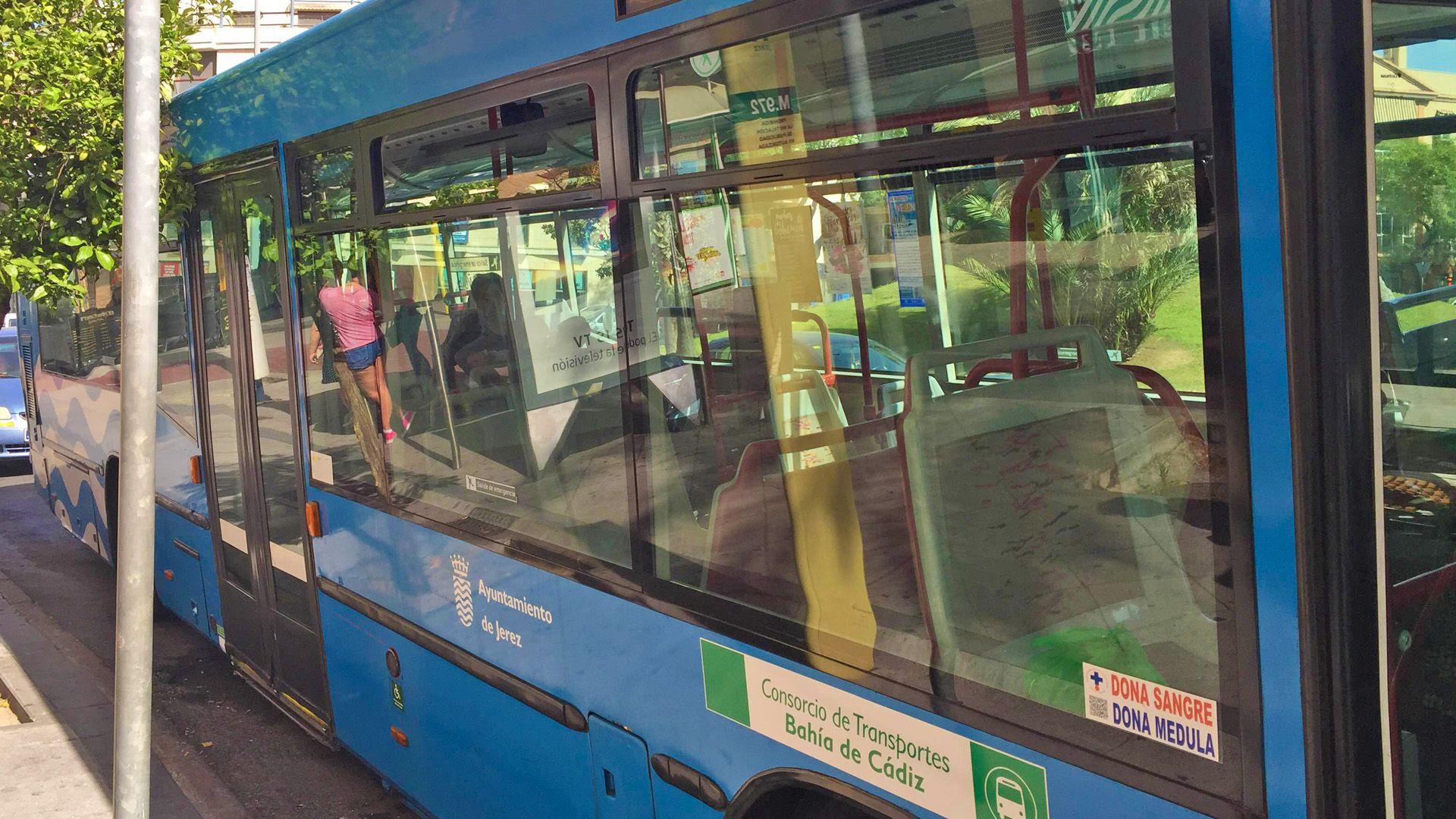 autobus estropeado Jerez 2