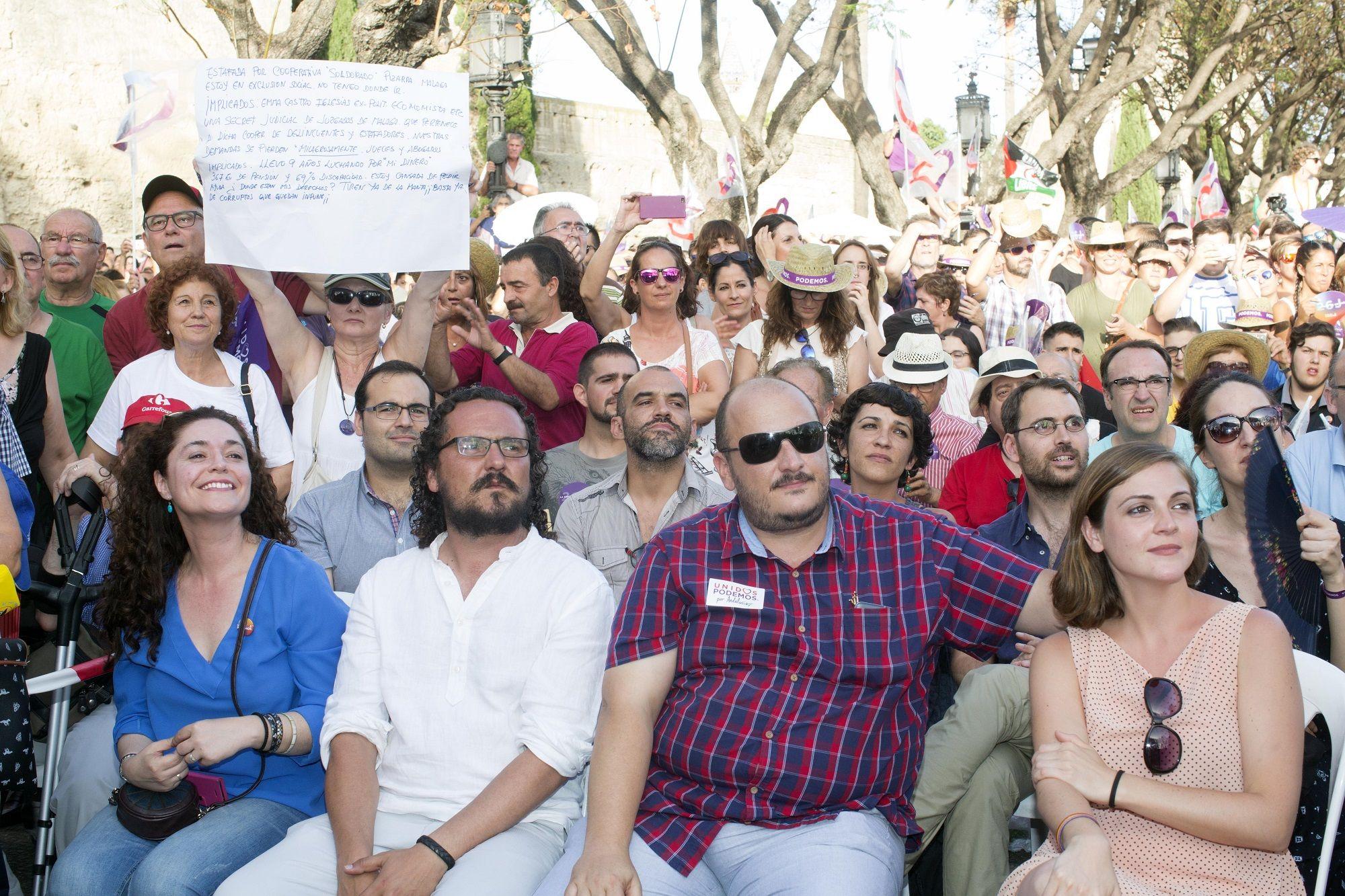 Raúl Ruíz-Berdejo y Ana Fernández, concejales por IU en el Ayuntamiento de Jerez, asistieron al mitin de Unidos Podemos   23 jun 2016   Juan Carlos Corchado para MIRA Jerez