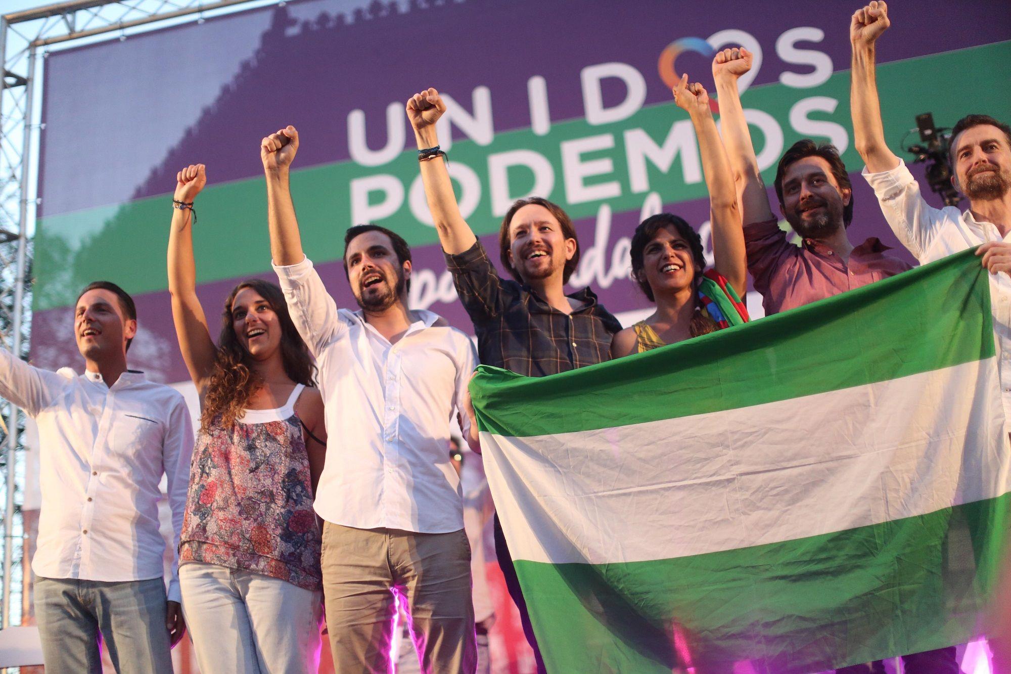 Los líderes Unidos Podemos alzan sus brazos en Jerez de la Frontera  23 jun 2016   Juan Carlos Corchado para MIRA Jerez