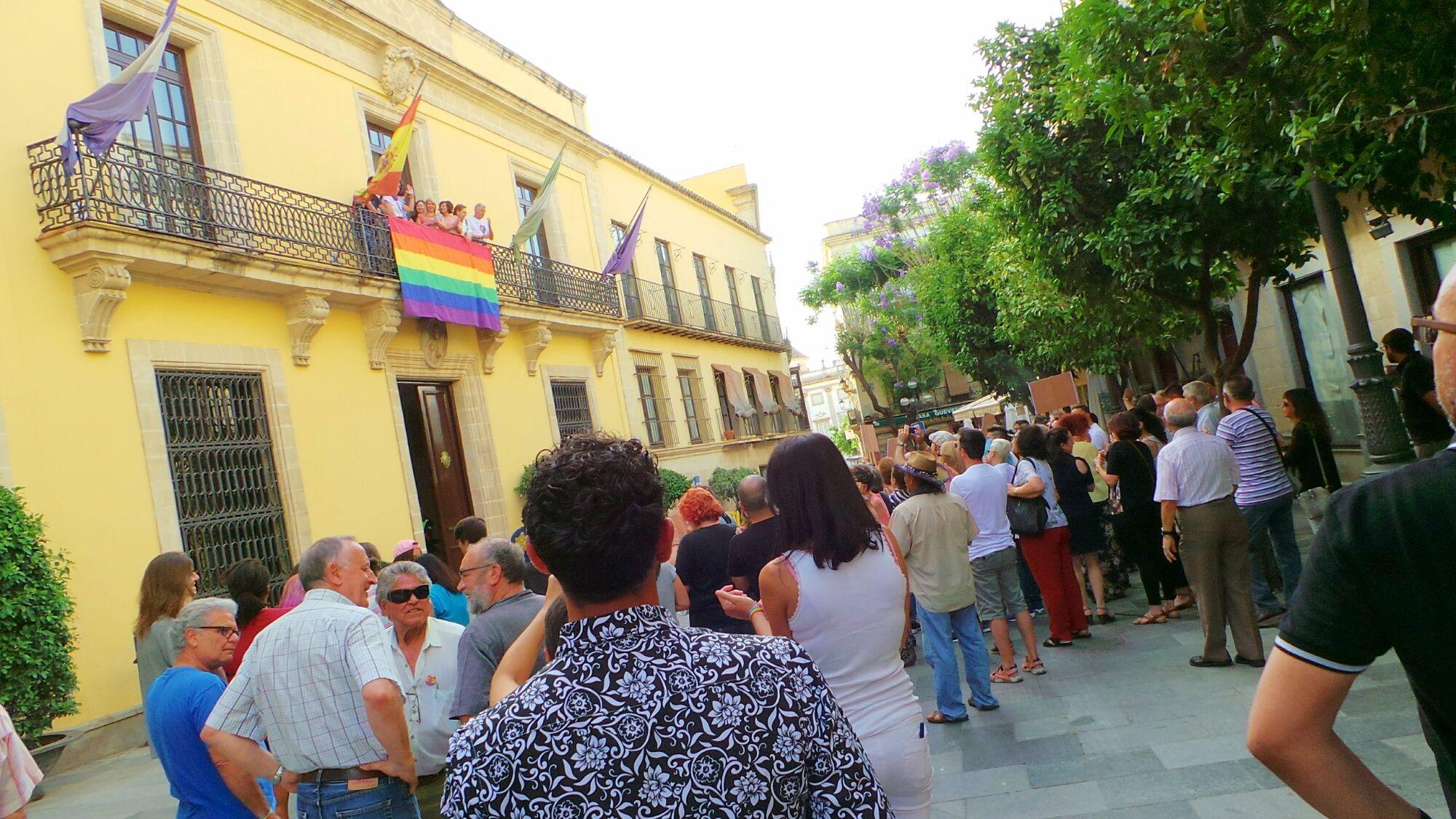 Bandera LGTB Jerez 2