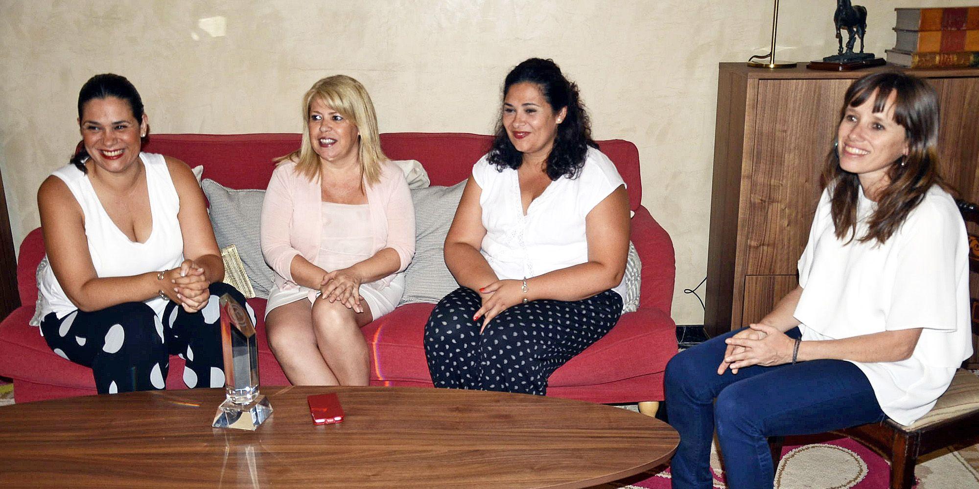 Virginia y Raquel en Ayuntamiento de Jerez