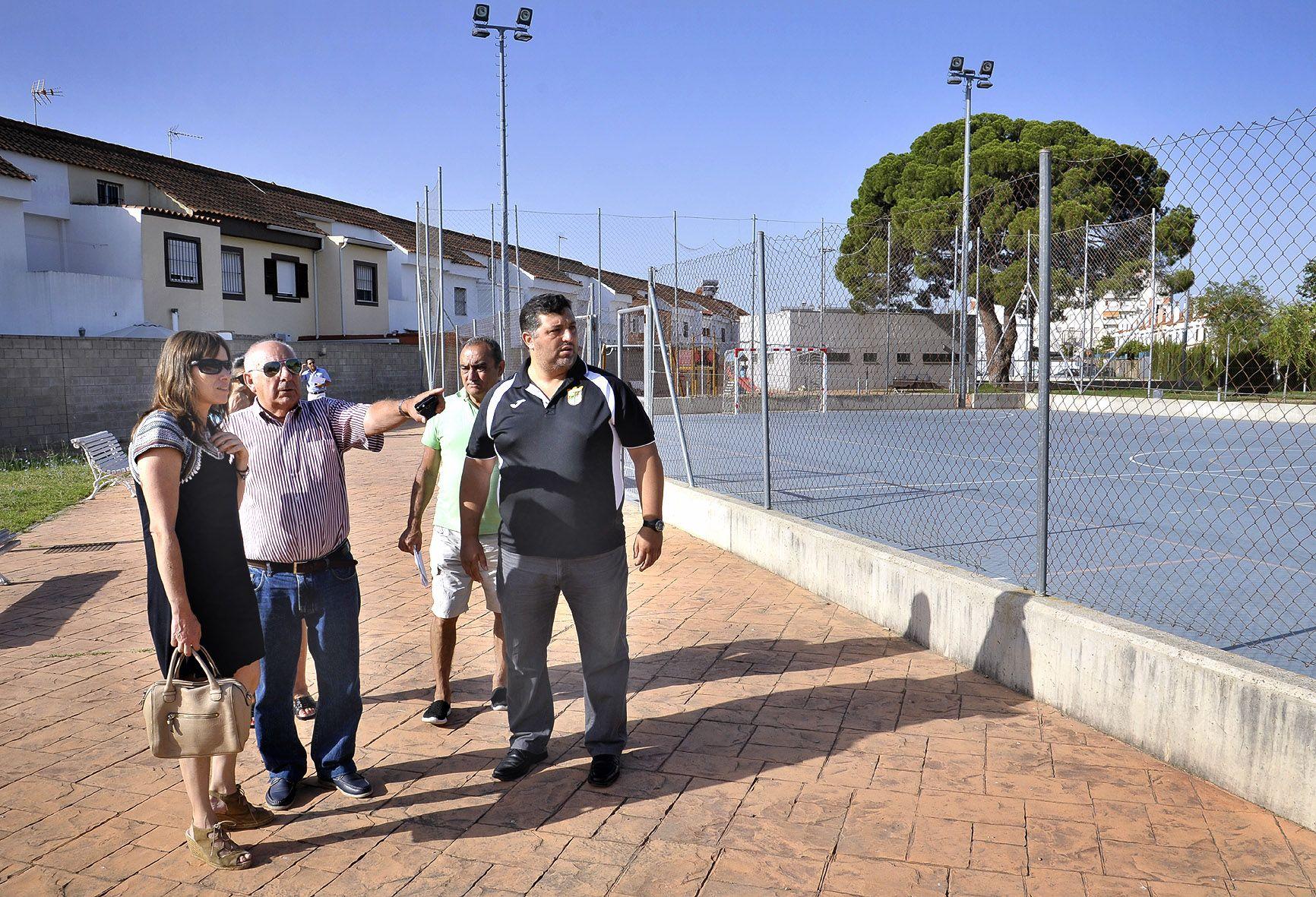L Alvarez visita pistas deportivas La Marquesa _ 01