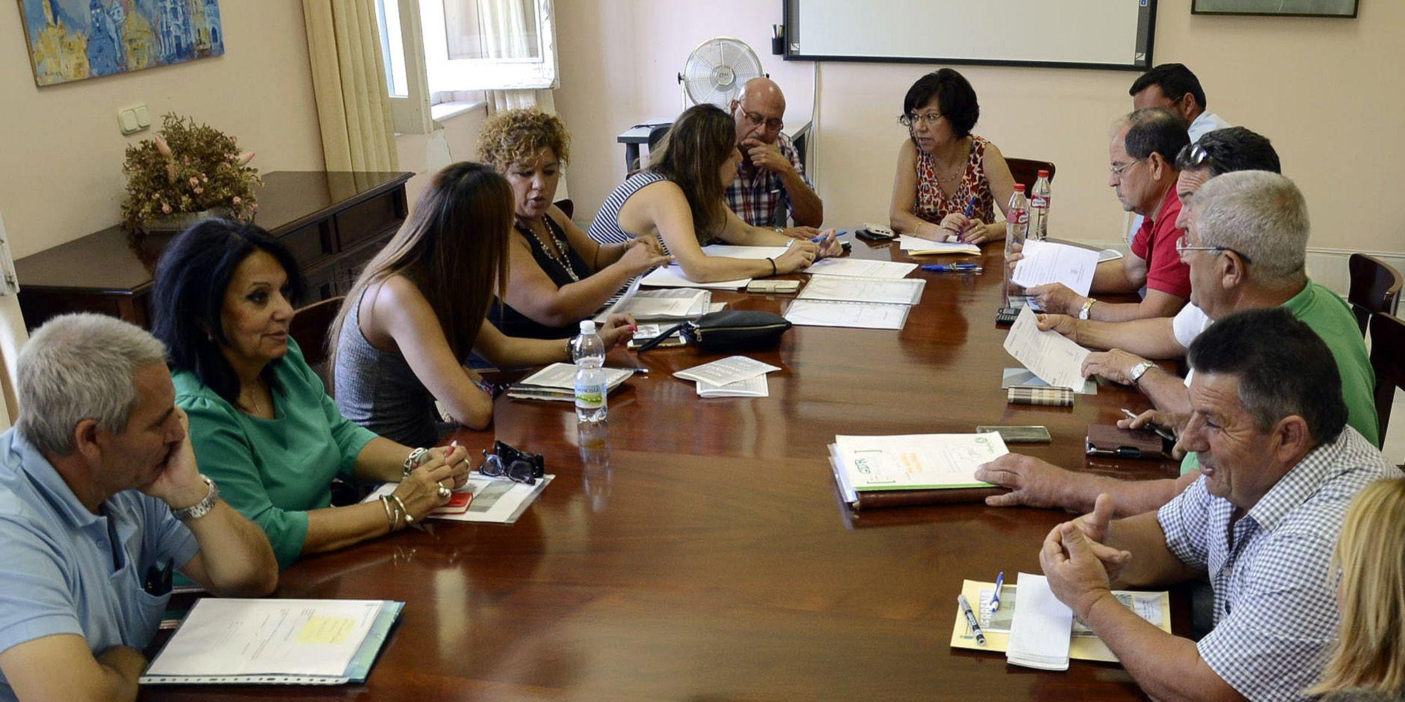 reunion barriadas rurales Jerez Carmen Collado