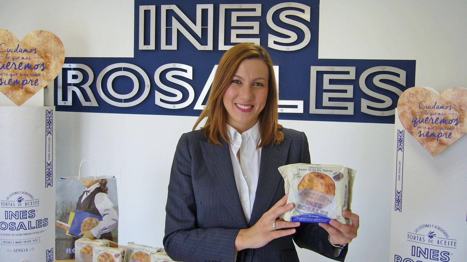 Valle Guerrero en la fábrica de Inés Rosales de Sevilla