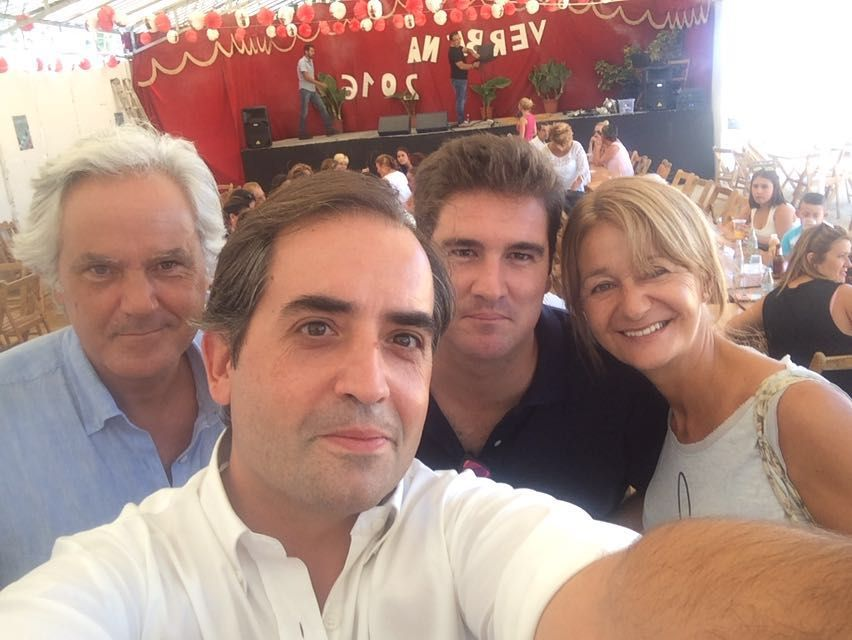 Antonio Saldaña, junto a los concejales populares Agustín Muñoz y Carmen Pina, y el delegado de La Ina, Carlos Vidal