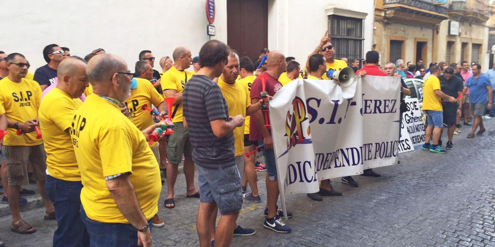 Protestas de trabajadores municipales, 16 AGO 2016