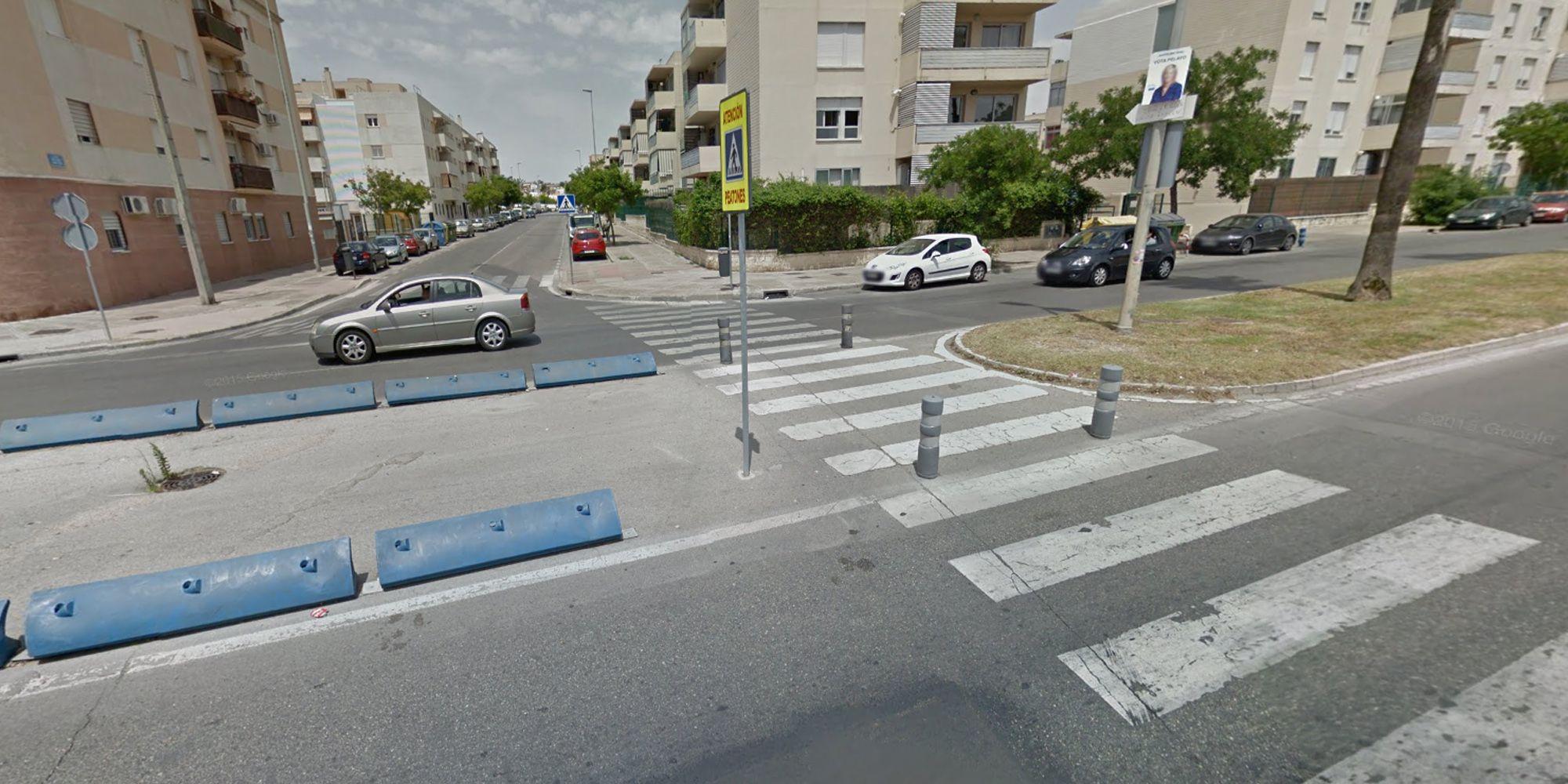 Avenida Puertas del Sur, cruce con la calle María Luisa Cobo Peña, Jerez